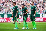 15.04.2018, Weserstadion, Bremen, GER, 1.FBL, Werder Bremen vs RB Leipzig, <br /> <br /> im Bild | picture shows:<br /> Freisto&szlig;situation mit vl. Max Kruse (SV Werder Bremen #10), Zlatko Junuzovic (SV Werder Bremen #16) und Marco Friedl (SV Werder Bremen #32), <br /> <br /> <br /> Foto &copy; nordphoto / Rauch