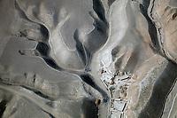 Afghanistan, 10.2012. Blick vom Helikopter auf die Unruheprovinz Baglan. Siedlungen. | Baglhan province viewed from a helicopter. Dwellings. © Timo Vogt/EST&OST