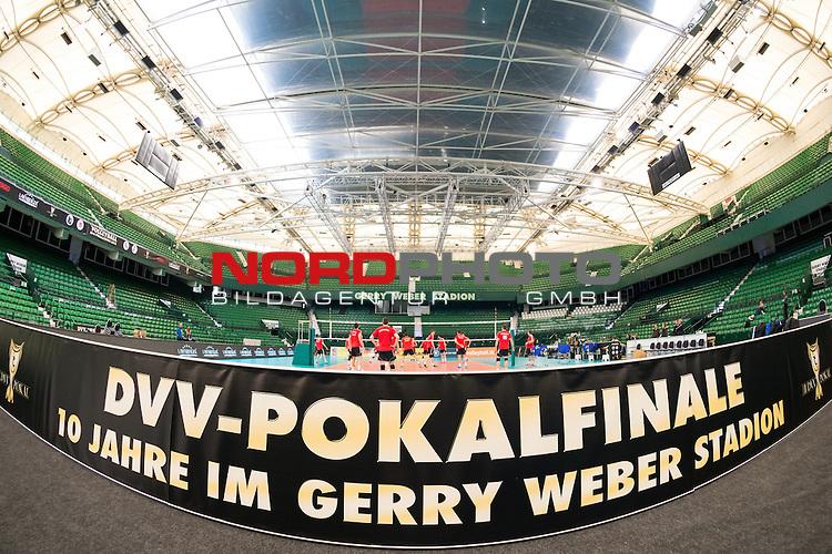 28.02.2015, Gerry-Weber-Stadion, Halle / Westfalen<br /> Volleyball, DVV-Pokal Finale, Training VfB Friedrichshafen<br /> <br /> Feature Pokalfinale / Bande / Banner / Uebersicht Stadion<br /> <br />   Foto &copy; nordphoto / Kurth
