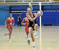 20.1.2014 New Zealand's Laura Langman in action during the netball test match against England in London, England. Mandatory Photo Credit (Pic: David Klein). ©Michael Bradley Photography.
