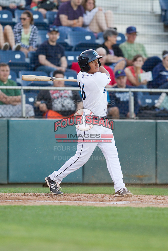 Chris Mariscal #16 of the Everett AquaSox at bat against the Vancouver Canadians at Everett Memorial Stadium in Everett, Washington on July 9, 2014.  Everett defeated Vancouver 9-4.  (Ronnie Allen/Four Seam Images)