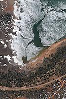 4415 / Navajo Lake: AMERIKA, VEREINIGTE STAATEN VON AMERIKA, UTAH,  (AMERICA, UNITED STATES OF AMERICA), 18.05.2006: Navajo Lake auf dem  Markagunt Plateaus zwischen Cedar Breaks und Bryce Canyon.  Im Mai noch Eis auf dem See..