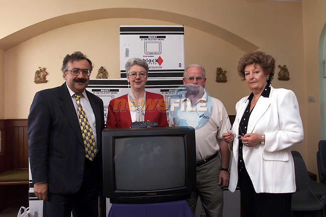 Dr. Nazih Eldin Health Promotion Regional Officer N.E.H.B., Anne Barden Fatima School receiving TV, Tony Fulham D.Q.L.A. and Carmel Doherty D.Q.L.A..Pic Fran Caffrey Newsfile.© Newsfile