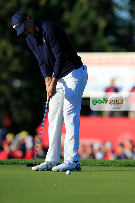 Jordan Spieth US Team putts on the 2nd green during Saturday Morning Foursomes Matches of the 41st Ryder Cup, held at Hazeltine National Golf Club, Chaska, Minnesota, USA. 1st October 2016.<br /> Picture: Eoin Clarke | Golffile<br /> <br /> <br /> All photos usage must carry mandatory copyright credit (&copy; Golffile | Eoin Clarke)