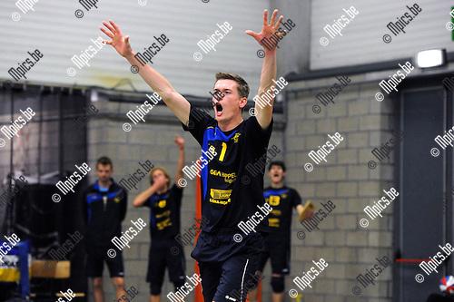2012-10-13 / Volleybal / Seizoen 2012-2013 / Amigos Zoersel / Wim Cox..Foto: Mpics.be