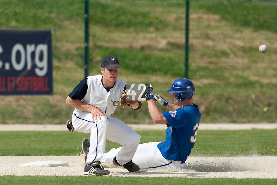 22 May 2009:  Gregory Cros of Montpellier eyes the ball during the 2009 challenge de France, a tournament with the best French baseball teams - all eight elite league clubs - to determine a spot in the European Cup next year, at Montpellier, France. Senart wins 7-1 over Montpellier.
