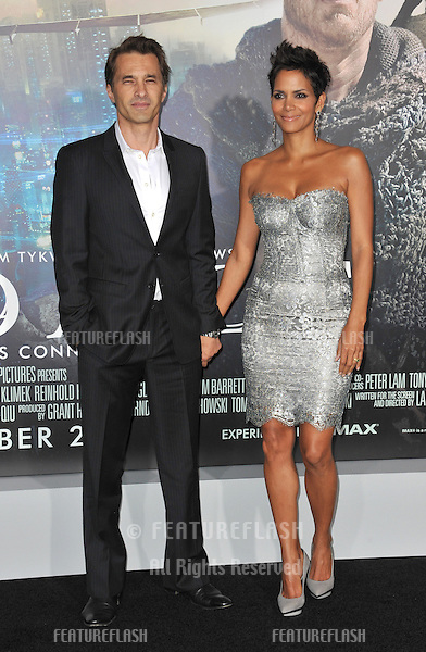 "Halle Berry & Olivier Martinez at the Los Angeles premiere of her new movie ""Cloud Atlas"" at Grauman's Chinese Theatre, Hollywood..October 24, 2012  Los Angeles, CA.Picture: Paul Smith / Featureflash"