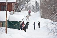 Linwood Fiedler arrives into Takotna during Iditarod 2009