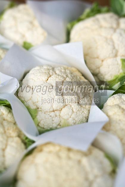 Europe/France/06/Alpes-Maritimes/Nice: Chou fleur sur le Marché du Cours Saleya