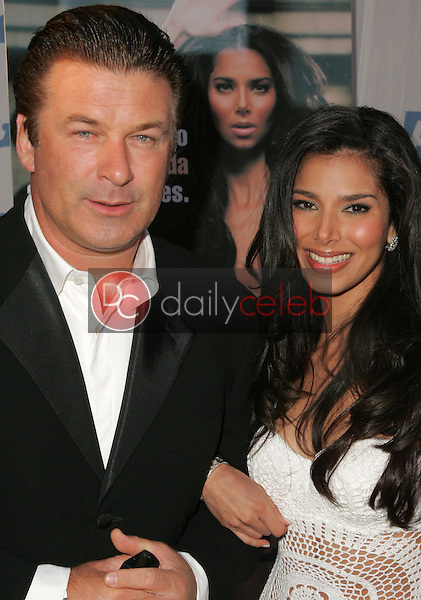 Alec Baldwin and Roselyn Sanchez<br />at PETA's 25th Anniversary Gala and Humanitarian Awards Show. Paramount Pictures, Hollywood, CA. 09-10-05<br />Dave Edwards/DailyCeleb.Com 818-249-4998