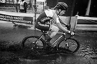 splashy mudfest!<br /> <br /> Women U23 Race<br /> UCI 2016 cyclocross World Championships