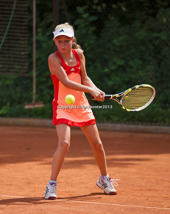 05-08-13, Netherlands, Dordrecht,  TV Desh, Tennis, NJK, National Junior Tennis Championships, Bente Spee<br /> <br /> <br /> Photo: Henk Koster