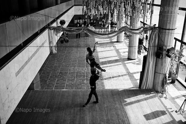 Simferopol 04 March 2009 Ukraine<br /> Rehearsal artists Culture House before the performance to celebrate Womens Day<br /> (Photo by Filip Cwik / Newsweek Poland / Napo Images)<br /> <br /> Simferopol 04 marzec 2009 Ukraina <br /> Proba generalna artystow Domu Kultury przed wystepem z okazji Dnia Kobiet <br /> (fot. Filip Cwik / Newsweek Polska / Napo Images)
