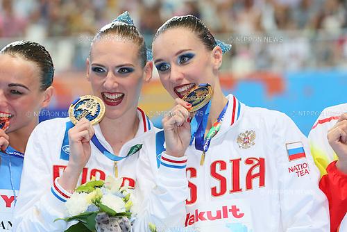 Natalia Ishchenko & Svetlana Romashina (RUS), JULY 30, 2015 - Synchronised Swimming : 16th FINA World Championships Kazan 2015 Duets Free Routine Medal Ceremony  at Kazan Arena in Kazan, Russia. (Photo by Yohei Osada/AFLO SPORT)