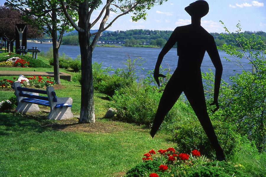 Harrisburg, Riverfront Park Peace sculpture Harrisburg, Pennsylvania