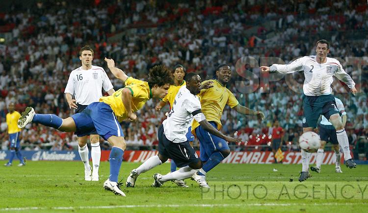 Brazil's Diego scores the equaliser..International Friendly..England v Brazil..1st June, 2007..--------------------..Sportimage +44 7980659747..admin@sportimage.co.uk..http://www.sportimage.co.uk/