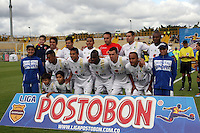 BOGOTA -COLOMBIA. 06-04-2014.  Equipo de La Equidad contra Fortaleza partido por la quinceava fecha de La liga Postobon 1 disputado en el estadio Metropolitano de Techo . /   Team of La Equidad  against  Fortaleza F.C.   of  fifteenth round during the match  of The Postobon one league  at the Metropolitano of Techo Stadium . Photo: VizzorImage/ Felipe Caicedo / Staff