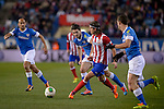 Andoni Iraola vies with Atletico Madrid's Brazilian defender Filipe Luis during the Spanish Copa del Rey (King's Cup) football match Atletico de Madrid vs Athletic de Bilbao at the Vicente Calderon stadium in Madrid on January 23, 2014.   PHOTOCALL3000/ DP