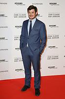 """AURELIEN WIIK - AVANT-PREMIERE DE """"JEAN-CLAUDE VAN JOHNSON"""" AU GRAND REX A PARIS, FRANCE, LE 12/12/2017."""