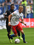 19.05.2019,  GER; 2. FBL, Hamburger SV vs MSV Duisburg ,DFL REGULATIONS PROHIBIT ANY USE OF PHOTOGRAPHS AS IMAGE SEQUENCES AND/OR QUASI-VIDEO, im Bild Fiete Arp (Hamburg #15) vesucht sich gegen Joseph-Claude Gyau (Duisburg #36) durchzusetzen Foto © nordphoto / Witke *** Local Caption ***