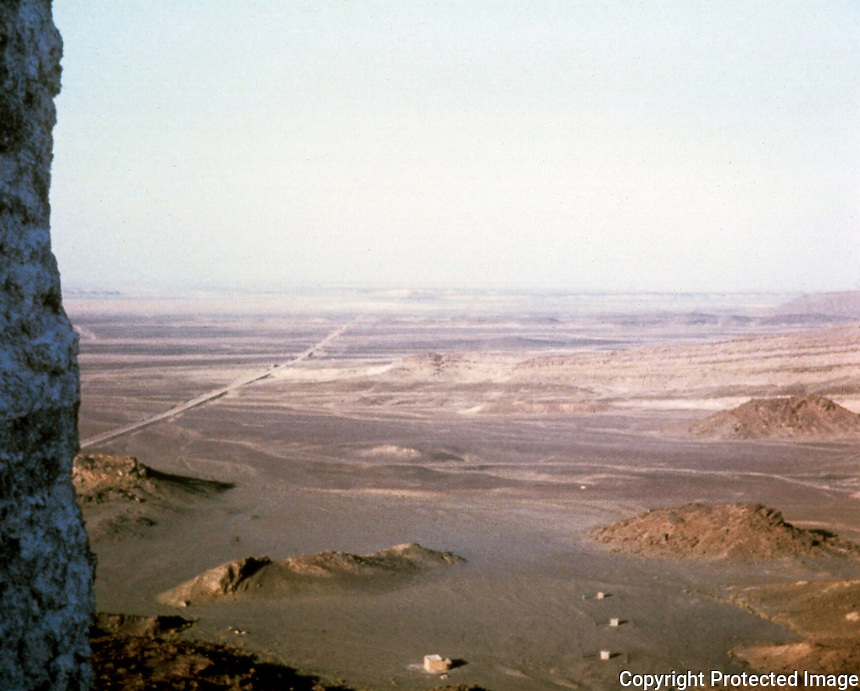 World Civilization:  Morocco--Road from Erfoud south to Taduz, Ziz River Wadi.  Photo '91.