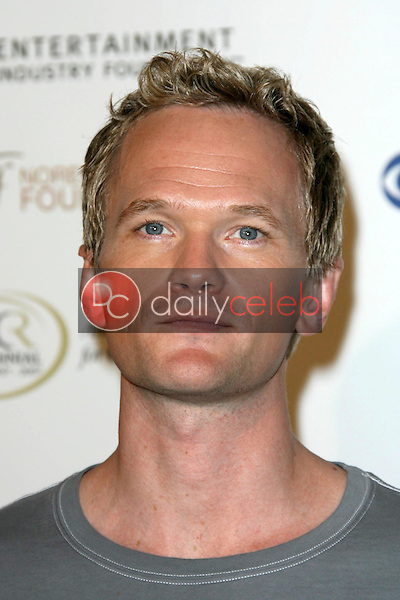 Neil Patrick Harris<br />at Stand Up To Cancer. Kodak Theater, Hollywood, CA. 09-05-08<br />Dave Edwards/DailyCeleb.com 818-249-4998
