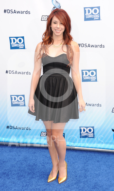 SANTA MONICA, CA - AUGUST 19: Jillian Rose Reed arrives at the 2012 Do Something Awards at Barker Hangar on August 19, 2012 in Santa Monica, California. /NortePhoto.com....**CREDITO*OBLIGATORIO** ..*No*Venta*A*Terceros*..*No*Sale*So*third*..*** No Se Permite Hacer Archivo**