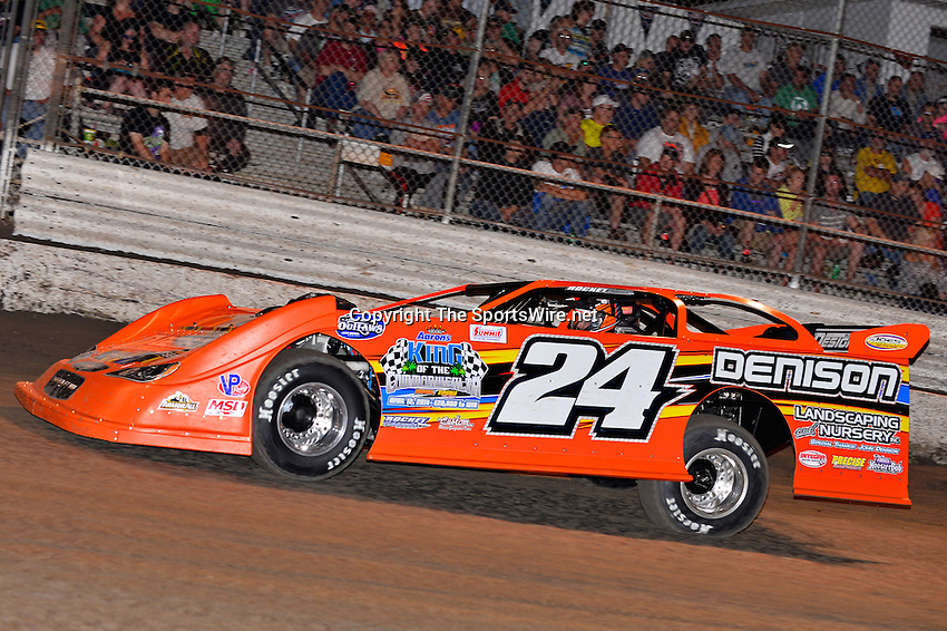 Feb 20, 2014; 7:02:59 PM;  Barberville, FL, USA;  World of Outlaws Late Model Series for 43rd Annual DIRTcar Nationals presented by Summit Racing Equipment at Volusia Speedway Park.  Mandatory Credit: (thesportswire.net)