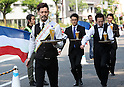 "May 22, 2016, Tokyo, Japan - Waiters carry glasses of beer on the trays during the ""garcon carry race"" in Tokyo on Sunday, May 22, 2016 as a  part of ""Aperitif 365"" event. 46 contestants from restaurants and cafes participated the beer carry race vying for the first prize of 300,000 yen, sponsored by French beer Kronenbourg.  (Photo by Yoshio Tsunoda/AFLO) LWX -ytd-"