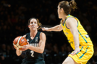 Melbourne, 15 August 2015 - Micaela COCKS of New Zealand in action during game one of the 2015 FIBA Oceania Championships in women's basketball between the Australian Opals and the New Zealand Tall Ferns at Rod Laver Arena in Melbourne, Australia. Aus def NZ 61-41. (Photo Sydney Low / sydlow.com)