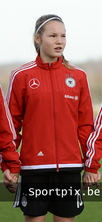 20151128 - Tubize , Belgium : German Laura Haas pictured during the female soccer match between Women under 16 teams of  Belgium and Germany , in Tubize . Saturday 28th November 2015 . PHOTO DIRK VUYLSTEKE