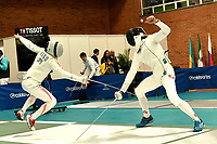BOGOTA – COLOMBIA – 26 – 05 – 2017: Koki Kano (Izq.) de Japon combate con Michelle Niggeler (Der.) de Suiza, durante Varones Mayores Epee del Gran Prix de Espada Bogota 2017, que se realiza en el Centro de Alto Rendimiento en Altura, del 26 al 28 de mayo del presente año en la ciudad de Bogota.  / Koki Kano (L) from Japan, fights with Michelle Niggeler (R) from Switzerland, during Senior Men´s Epee of the Grand Prix of Espada Bogota 2017, that takes place in the Center of High Performance in Height, from the 26 to the 28 of May of the present year in The city of Bogota.  / Photo: VizzorImage / Luis Ramirez / Staff.