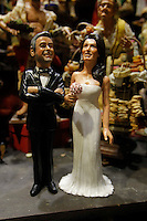 le Statuine dei futuri coniugi  Clooney , George e la sua fidanzata Amal Alamuddin nel presepe napoletano napoletano di Genny Di Virgilio<br /> <br /> <br /> Crib figurines depicting actor Gerge Clooney   and his fiancee Amal Alamuddin   with wedding dress displayed in the shop of Genny di Virgilio  of Via San Gregorio Armeno  in Naples september 27, 2014le Statuine dei futuri coniugi  Clooney , George e la sua fidanzata Amal Alamuddin nel presepe napoletano napoletano di Genny Di Virgilio<br /> <br /> <br /> Crib figurines depicting actor George Clooney   and his fiancee Amal Alamuddin   with wedding dress displayed in the shop of Genny di Virgilio  of Via San Gregorio Armeno  in Naples september 27, 2014