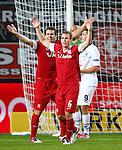Nederland, Enschede, 20 september 2012.Europa League.Seizoen 2011-2012.FC Twente-Hannover 96 (2-2) .Paniek bij Peter Wisgerhof en Wout Brama van FC Twente