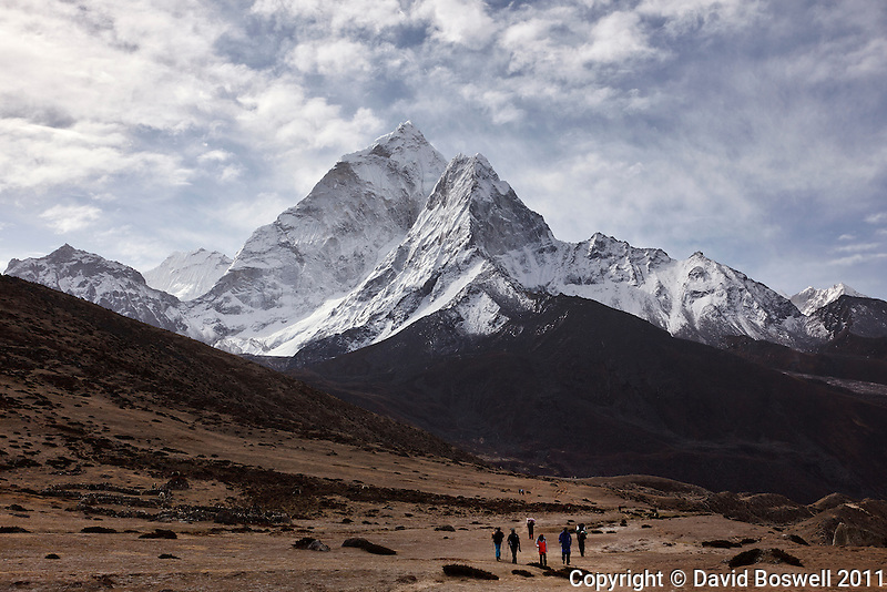 Trekkers on the trail to Everest Base Camp in the Khumbu Valley, Nepal