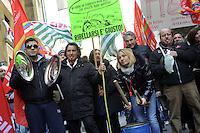 Roma, 28 Febbraio 2012.Ministero dello sviluppo economico.avoratori e lavoratreici del settore ceramico di Civita Castellana manifestano per chiedere lo stato di crisi dopo la chiusura di decine di fabbriche e la perdita di migliaia di posti di lavoro