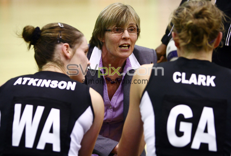 PICTURE BY VAUGHN RIDLEY/SWPIX.COM - Netball - Superleague - Loughborough Lightning v Mavericks - Netball Centre, Loughborough University, England - 30/01/10...Copyright - Simon Wilkinson - 07811267706...Mavericks Coach.