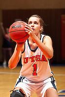 SAN ANTONIO, TX - NOVEMBER 5, 2006: The Dallas Diesel vs. The University of Texas at San Antonio Roadrunners Women's Basketball at the UTSA Convocation Center. (Photo by Jeff Huehn)