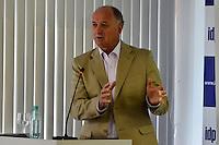 BRASÍLIA, DF, 07.02.2014 – PALESTRA LUÍZ FELIPE SCOLARI – TEMA:COPA DO MUNDO NO BRASIL - PREPARAÇÃO PARA GRANDES EVENTOS E PARA A VIDA. O Técnico da Seleção Brasileira Luiz Felipe Scolari durante palestra no Instituto Brasiliense de Direito Público (IDP) em Brasília, na manhã desta sexta-feira, 07. (Foto: Ricardo Botelho / Brazil Photo Press).