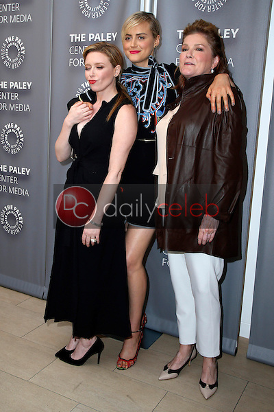 Natasha Lyonne, Taylor Schilling, Kate Mulgrew<br />