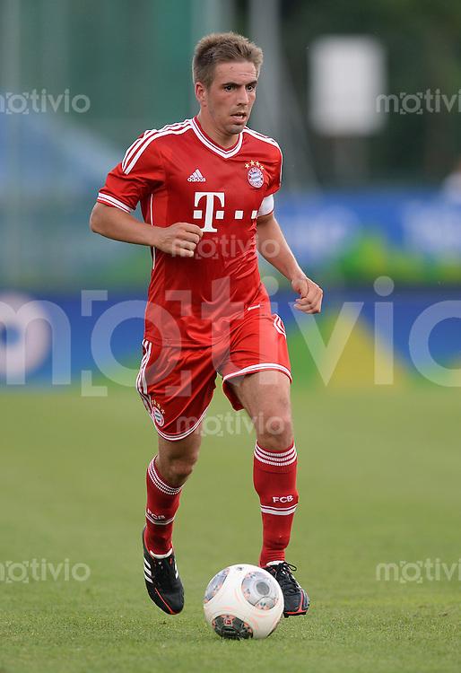 FUSSBALL  1. Bundesliga   2013/2014   Testspiel  FC Bayern Muenchen - Brescia Calcio      09.07.2013 Philipp Lahm (FC Bayern Muenchen) am Ball
