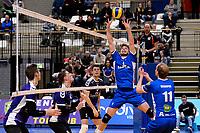 GRONINGEN - Volleybal, Lycurgus - Vocasa, Eredivisie, seizoen 2019-2020, 08-02-2020,  set up van Lycurgus speler Sam Gortzak