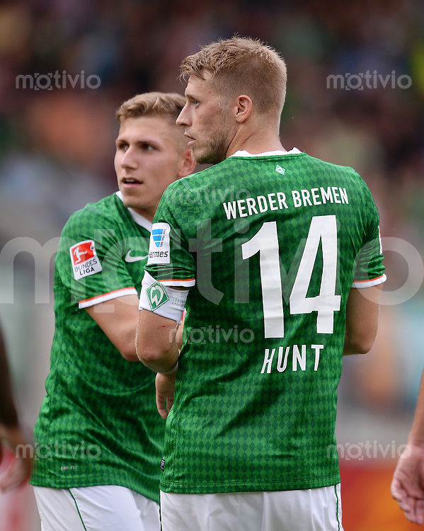 FUSSBALL  1. Bundesliga   2013/2014   Testspiel in Zell am Ziller SV Werder Bremen - 1860 Muenchen      10.07.2013 Aaron Hunt (re, SV Werder Bremen) und