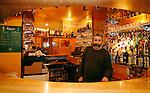 20080109 - France - Aquitaine - Pau<br /> PORTRAITS DE DIMITRI THEODORAKOPOULOS, SOUTIEN DE MARTINE LIGNIERES-CASSOU (PS) POUR LES ELECTIONS MUNICIPALES DE PAU EN 2008.<br /> Ref : DIMITRI_THEODORAKOPOULOS_003.jpg - © Philippe Noisette.