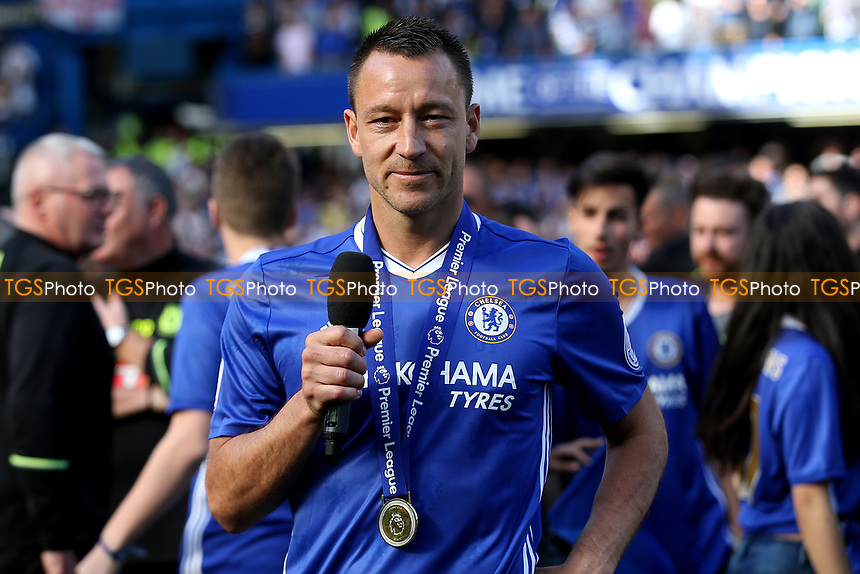 Chelsea's John Terry begins his emotional farewell speech on the pitch after the Premier League Trophy celebrations during Chelsea vs Sunderland AFC, Premier League Football at Stamford Bridge on 21st May 2017