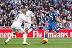 Real Madrid´s Pepe (L) and Getafe´s Sarabia during La Liga match at Santiago Bernabeu stadium in Madrid, Spain. December 05, 2015. (ALTERPHOTOS/Victor Blanco)