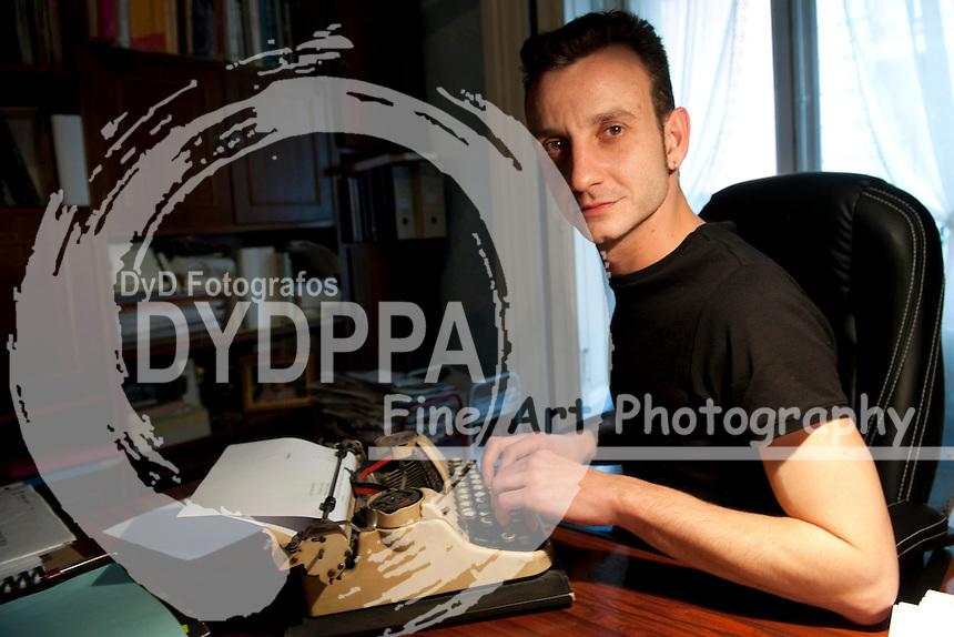 18/11/2011. Madrid. Spain. Paul Viejo writer. (c) Eduardo Dieguez/ DyD Fotografos