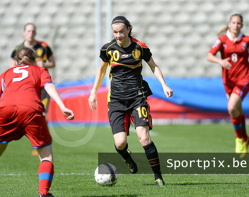 20140407 - BRUSSELS , BELGIUM : Belgian Elke Van Gorp pictured during the female soccer match between CZECH REPUBLIC U19 and BELGIUM U19 , in the second game of the Elite round in group 4 in the UEFA European Women's Under 19 competition 2014 in the Koning Boudewijn Stadion , Monday 7 April 2014 in Brussels . PHOTO DAVID CATRY