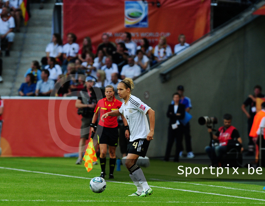 Fifa Women's World Cup Germany 2011 : France - Germany ( Frankrijk - Duitsland ) at Munchengladbach World Cup stadium : Babett PETER.foto DAVID CATRY / Vrouwenteam.be