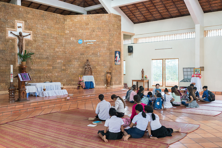 November 26, 2016 - Pailin (Cambodia). Youth practice songs in the Marist church of Pailin ahead of the Saturday's service. Pailin is a small town of just 70.000 habitants but it's home of 22 churches. © Thomas Cristofoletti / Ruom